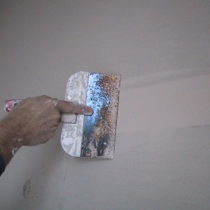 coating a plasterboard join